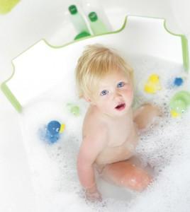 La baignoire pour b b jusqu 39 quel ge - Lit bebe jusqu a quel age ...