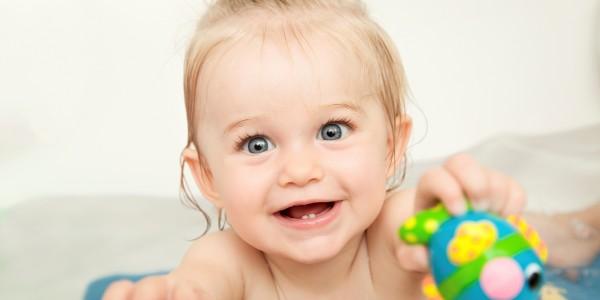 A quel âge l'enfant peut-il prendre son bain tout seul ?
